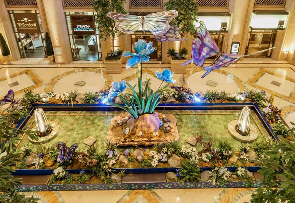 Palazzo Waterfall Atrium - Free Things to do in Las Vegas