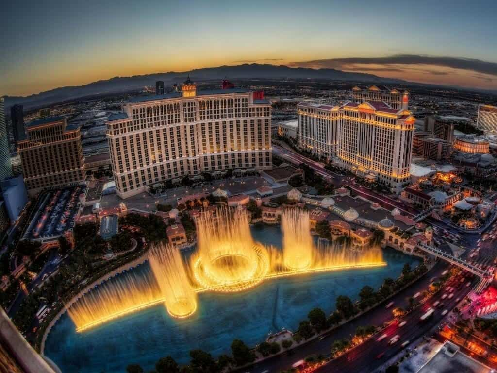 Fountains of Bellagio - Must See in Vegas