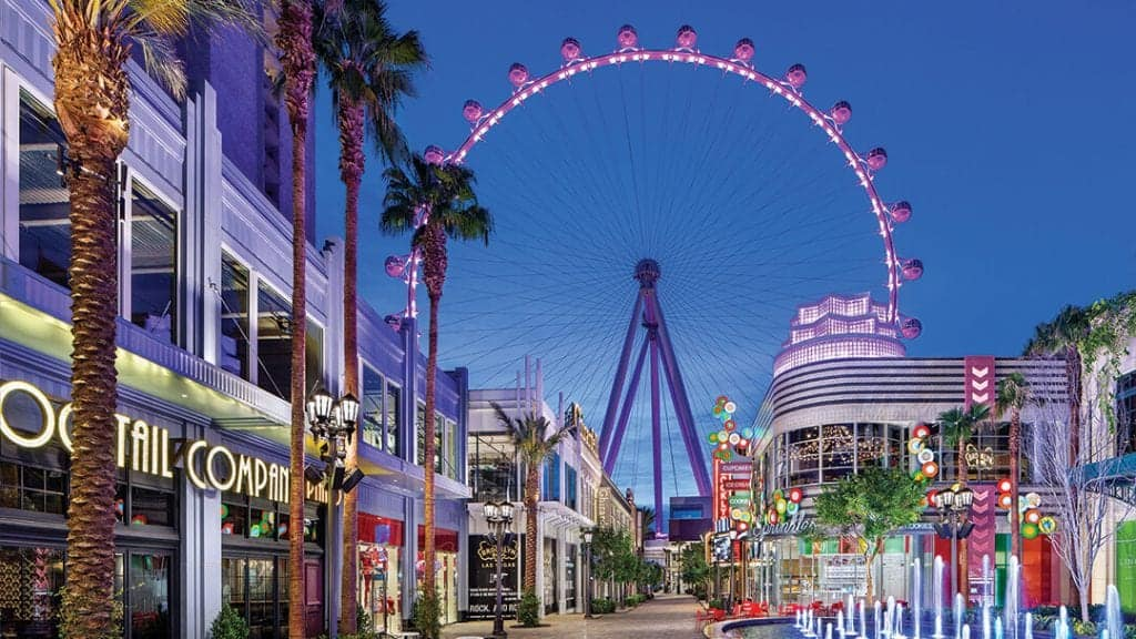 LINQ Promenade - Things to do on Vegas Strip
