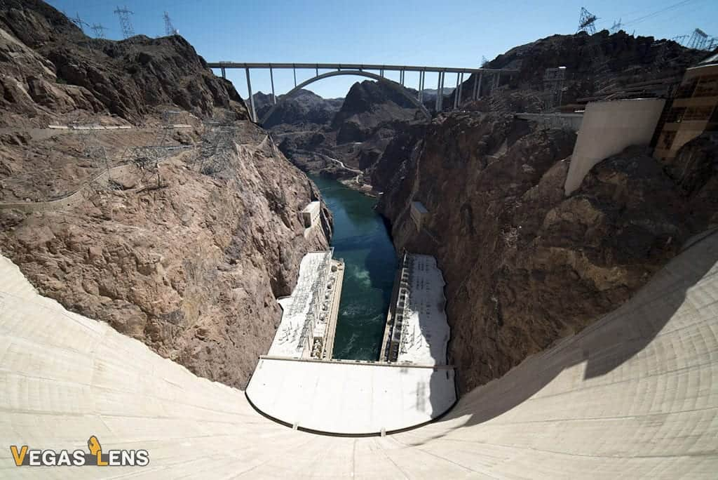 Silver Cloud - Hoover Dam helicopter tour