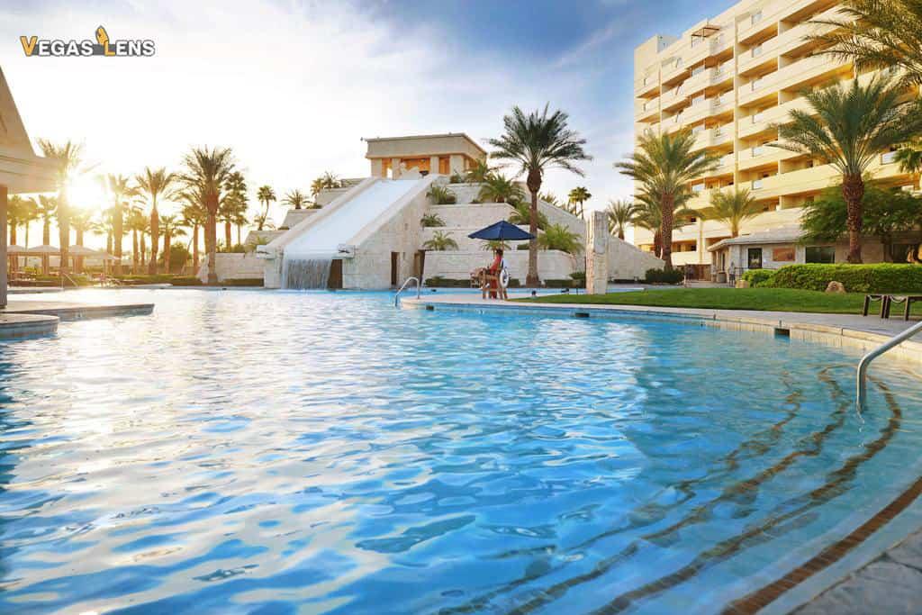 Cancun Pool - Family Pools In Las Vegas