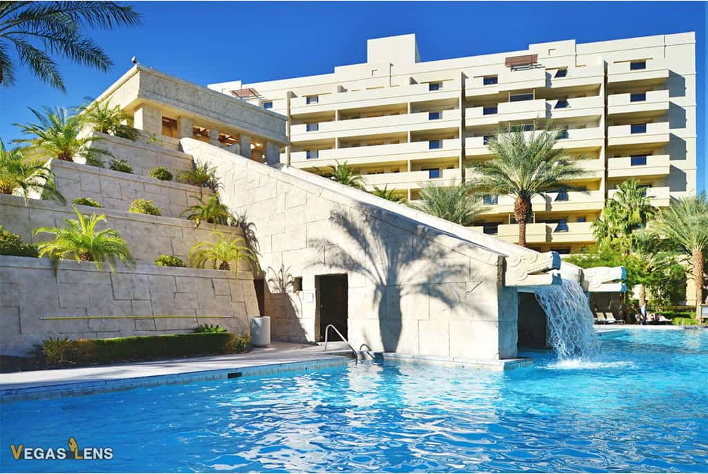 Cancun Resort - Best Vegas hotels for kids