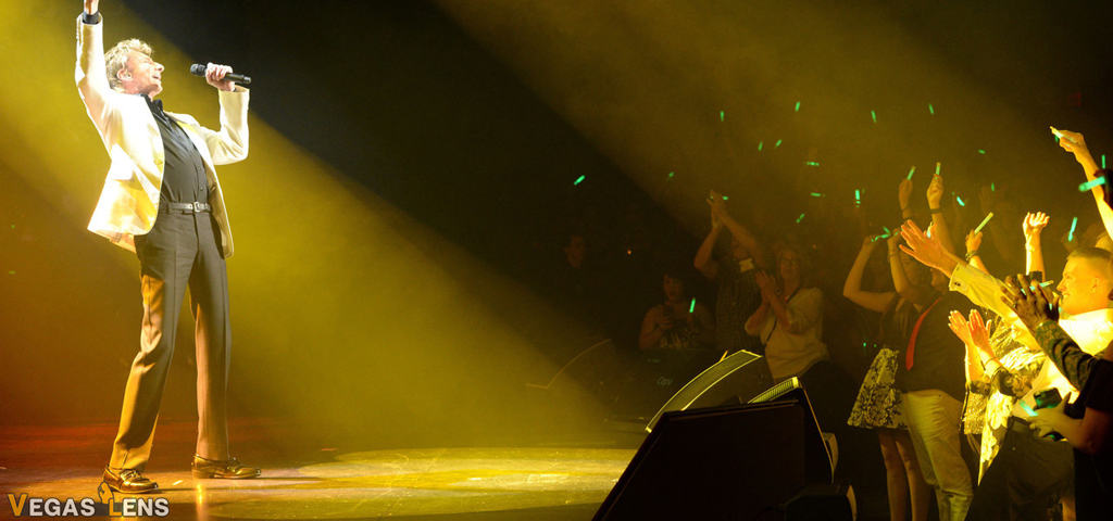 Manilow: Las Vegas - Las Vegas shows for kids
