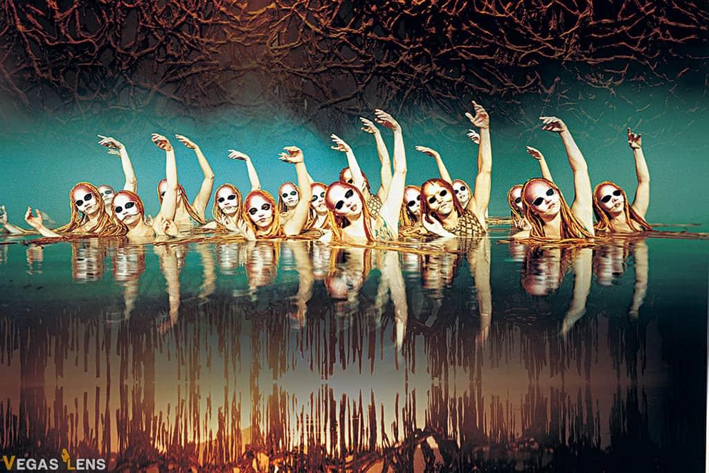 "Cirque du Soleil's ""O"" - Water show in Vegas"
