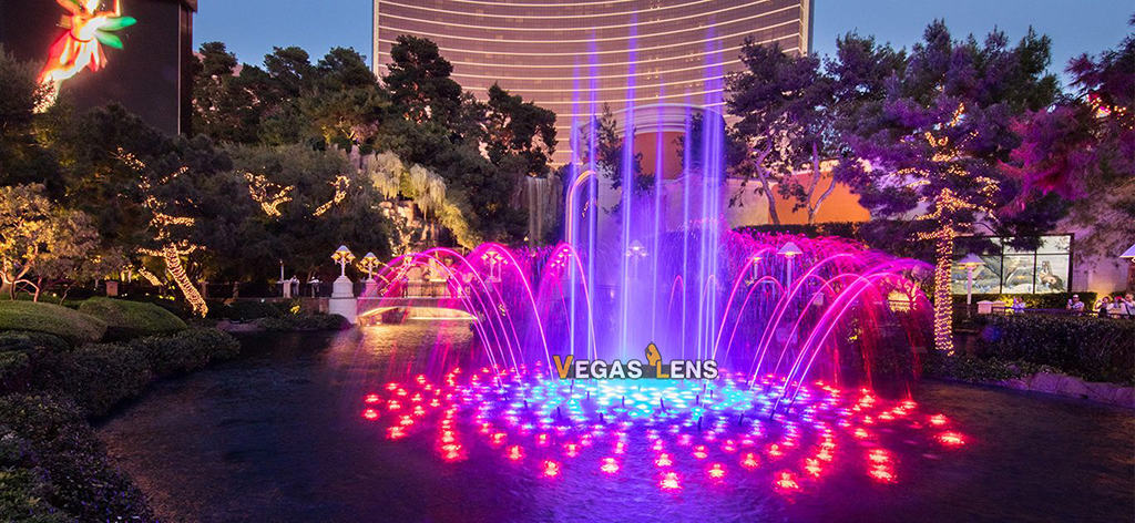 Lake of Dreams - Water show in Vegas