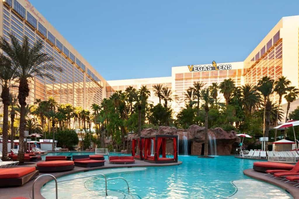 The Flamingo Hotel Go Pool - Las Vegas amusement parks