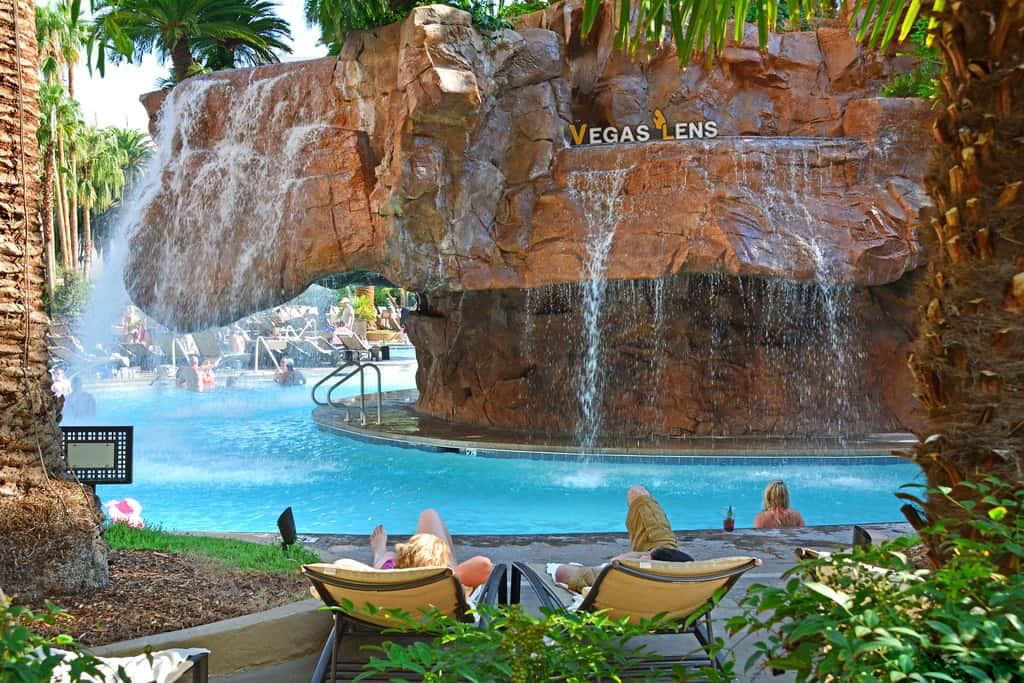 The Mirage Pool - Amusement parks in Las Vegas